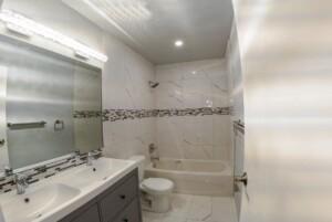 Edmontonforeclosurehouse - example bathroom